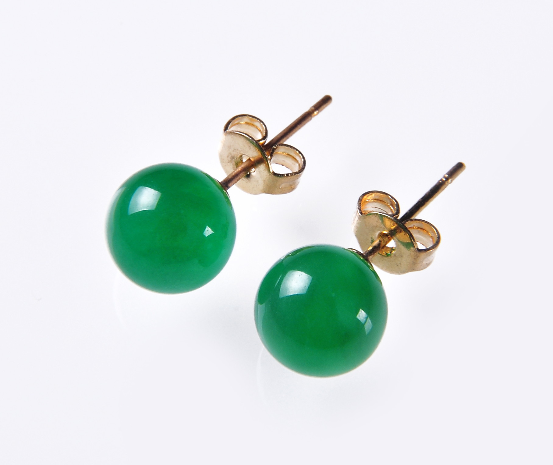 8.5 mm Green Malay Jade Stud Earrings  - er-jd2
