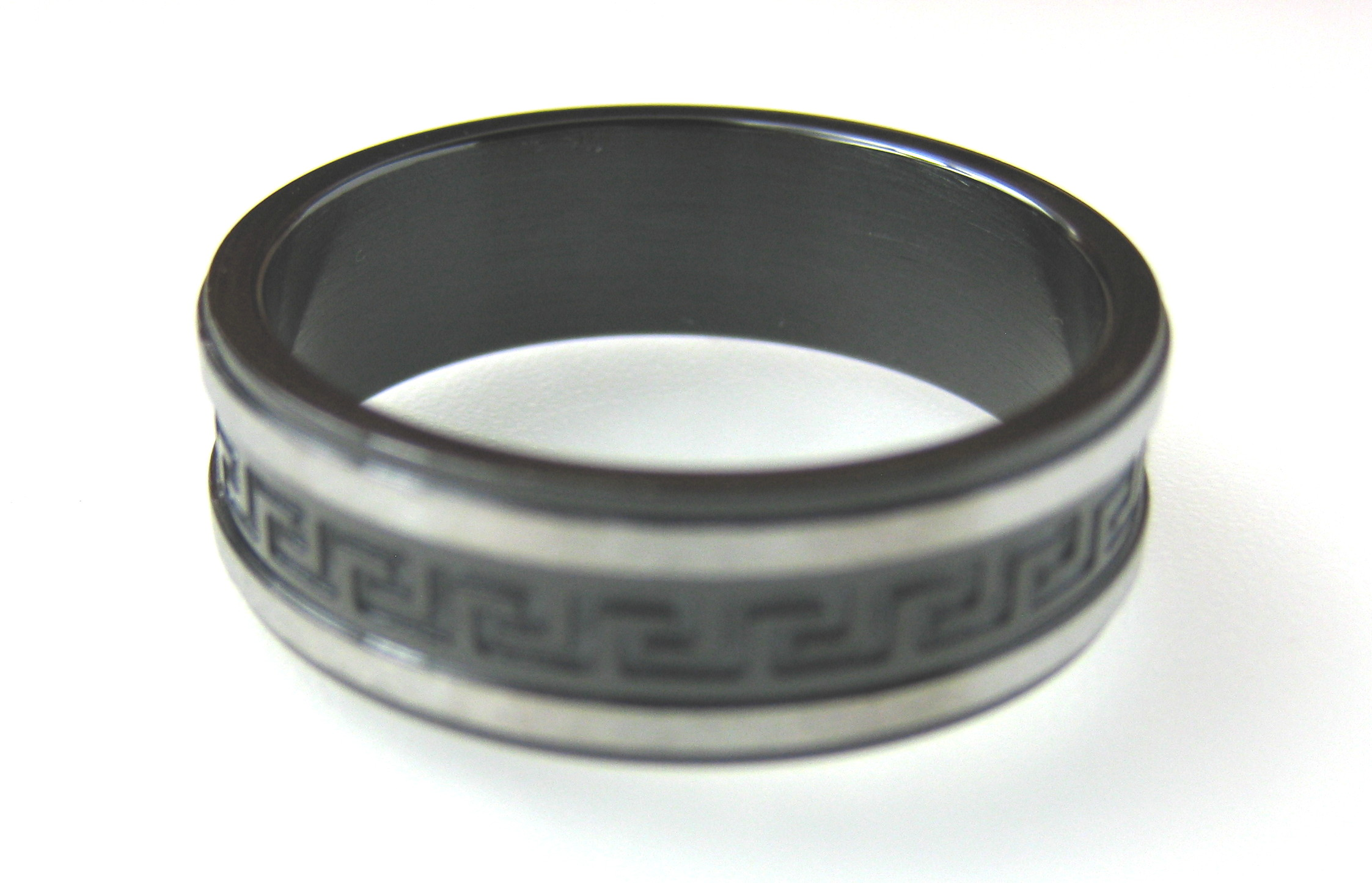 Black Stainless Steel Motif Mens Ring Band - various sizes - f-rg3