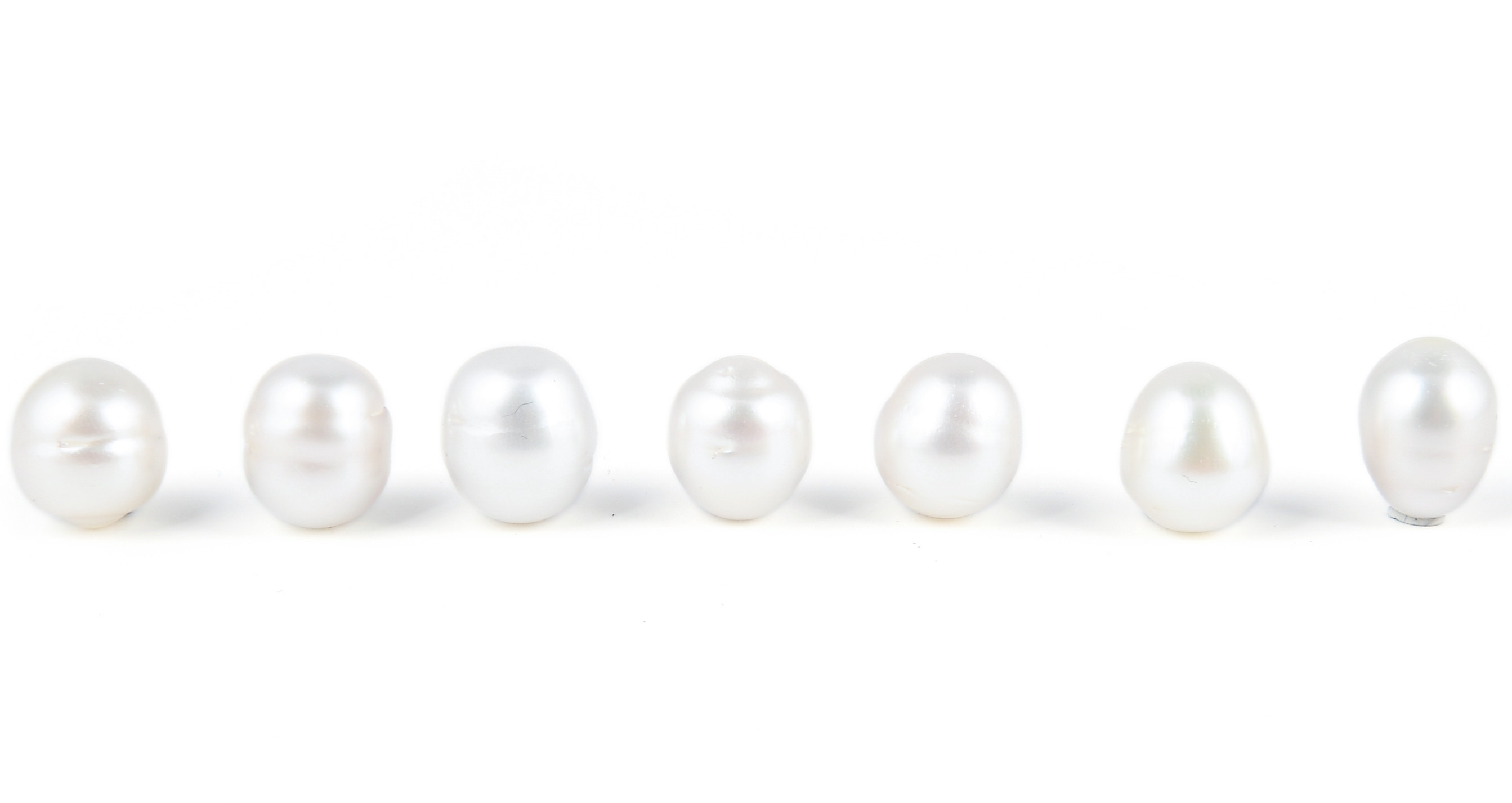 One piece of Undrilled Genuine White South Sea Baroque Irregular Shape Loose Pearl 11-14mm - ls356