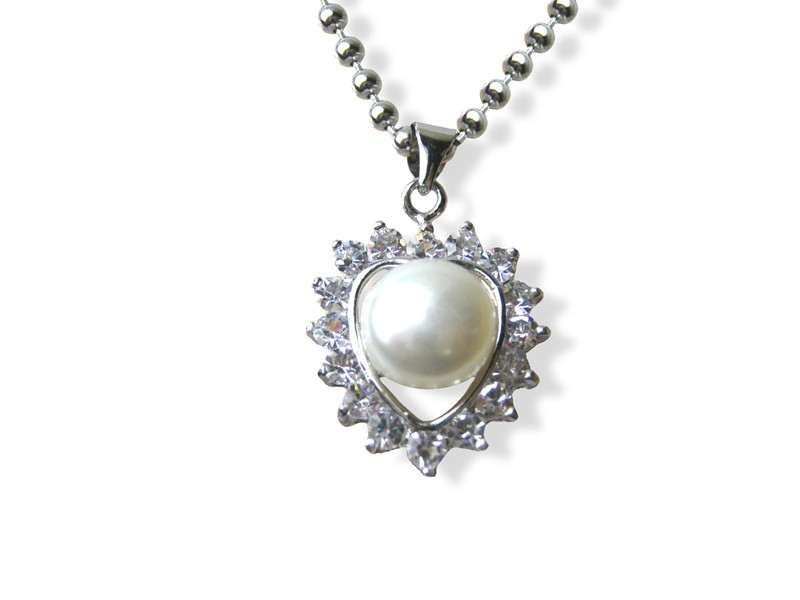 Diamond Cz 10 mm AAA Freshwater Pearl Heart Pendant Necklace - nk200