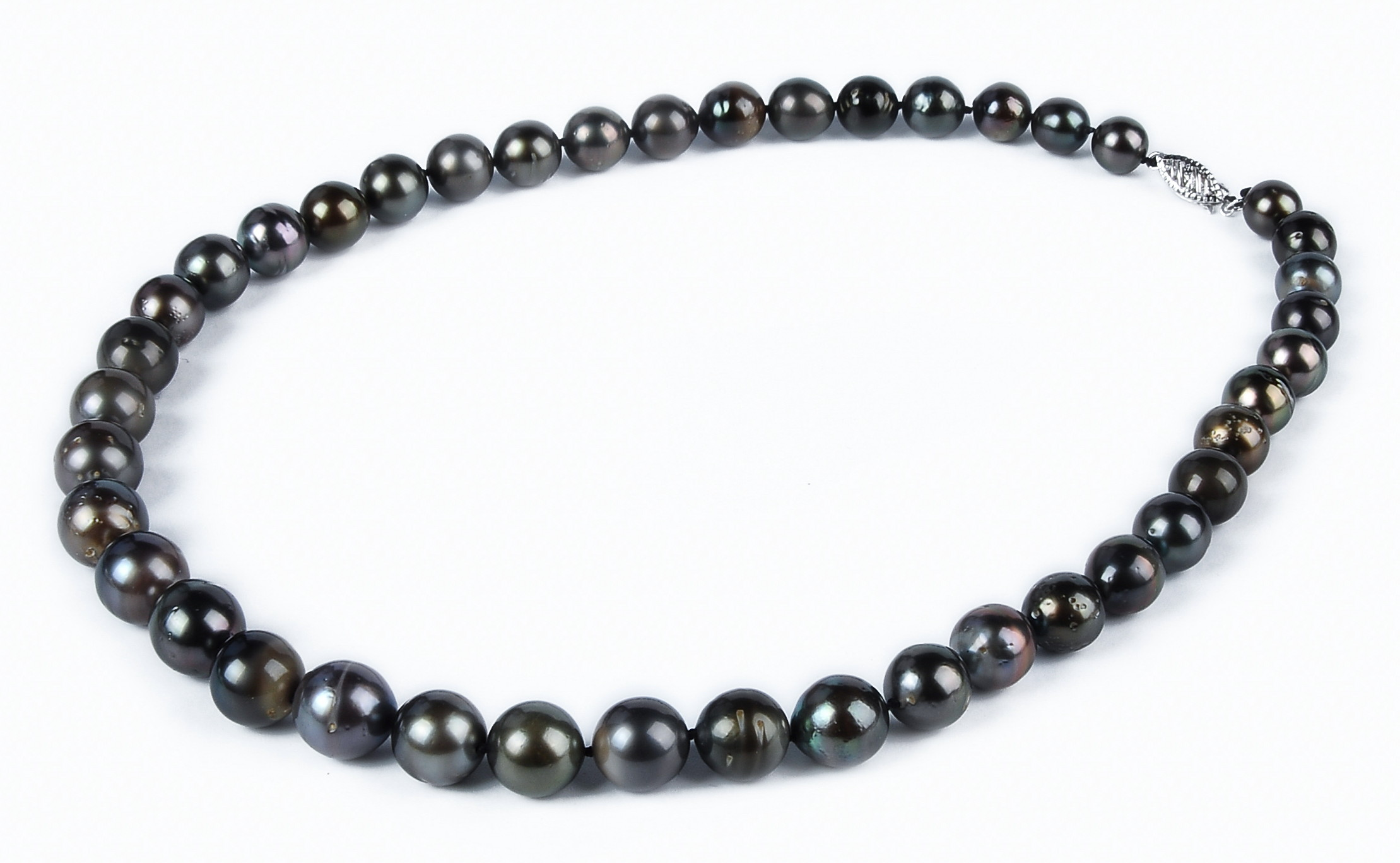 10.8 mm AA- Black Tahitian Pearl Necklace -nk213
