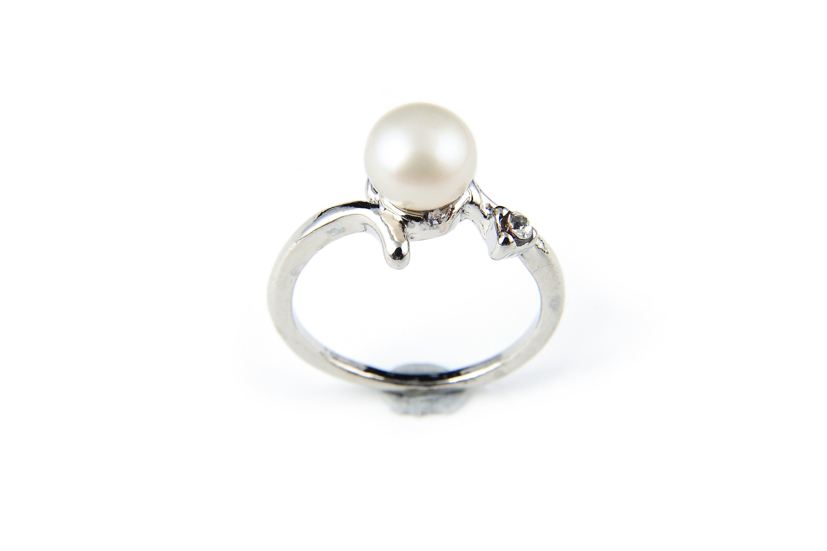 7.5mm AAA White Freshwater Cultured Pearl Ring - Various sizes -rg64