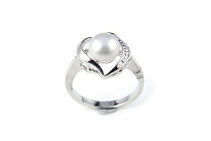8.5mm AAA White Freshwater Cultured Pearl Heart Ring - Various sizes -rg52